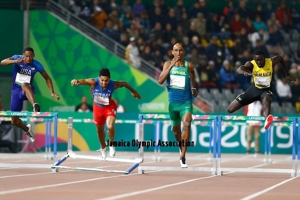 Lima, Thursday August 8, 2019 -  Juander Santos from The Dominican Republic falls in Men's 400m Hurdles Final in Athletics at Villa Deportiva Nacional - VIDENA during  the Pan American Games Lima 2019.Copyright Hector Vivas / Lima 2019Mandatory credits: Lima 2019 **NO SALES  NO ARCHIVES **