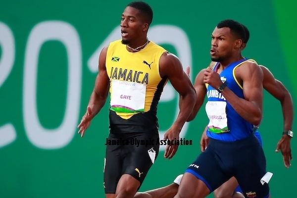Lima, Thursday August 8, 2019 - Denvo Gaye from Jamaica and Anthony Zambrano from Colombia compete in Men's 400m Final in Athletics at Villa Deportiva Nacional - VIDENA during  the Pan American Games Lima 2019.Copyright Hector Vivas / Lima 2019Mandatory credits: Lima 2019 **NO SALES  NO ARCHIVES **
